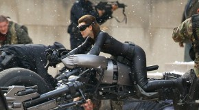 Anne Hathaway Catwoman pictures