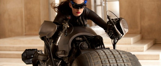 FIRST LOOK: See Anne Hathaway as Catwoman in The Dark Knight Rises – Yahoo! Movies