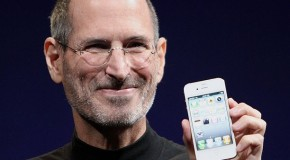 Steve Jobs Resigns: more related news
