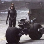 anne-hathaway-catwoman-5